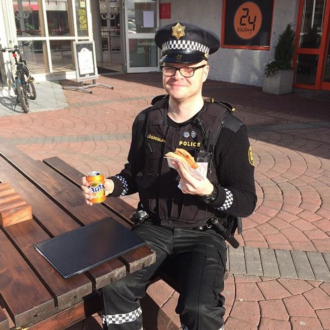 iceland-police-1