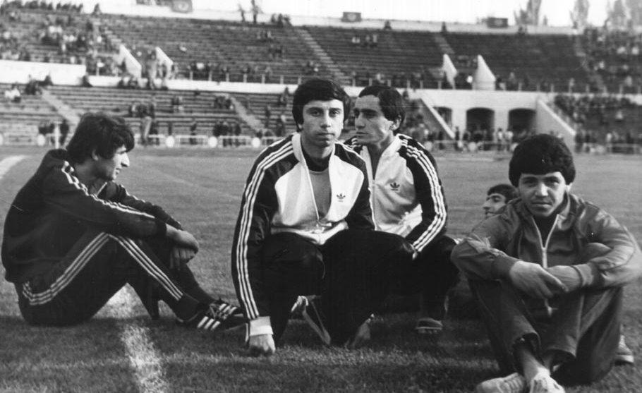 Համլետ Մխիթարյանը (ձախից երկրորդը)
